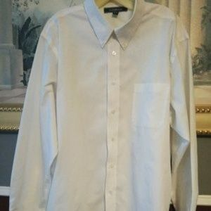 Croft & Barrow white long sleeve dress shirt 17 1/